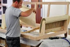 Обойщик (обивщик) мягкой мебели